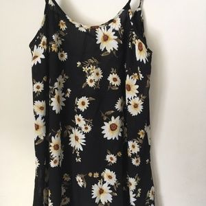 FOREVER 21 BLACK rayon dress with flowers. Size XS